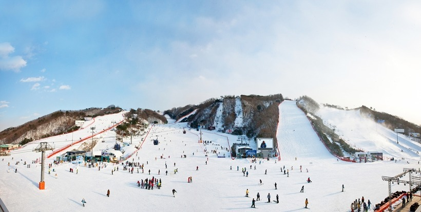 vivaldi-park-ski-world-gangwon-korea-tours skiing in korea skiing in south korea best ski resorts in korea best ski resort near seoul