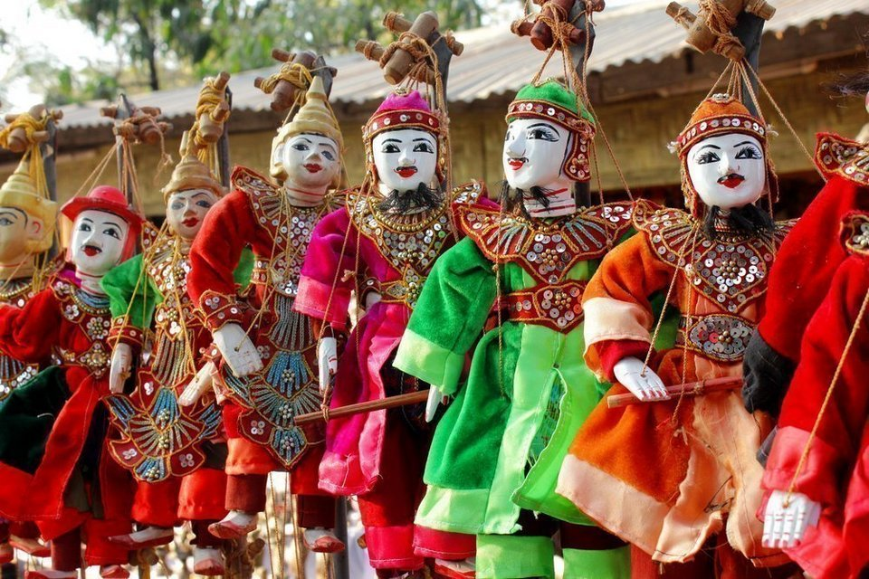 puppet-myanmar what to buy in myanmar best things to buy in myanmar burma souvenirs myanmar souvenirs