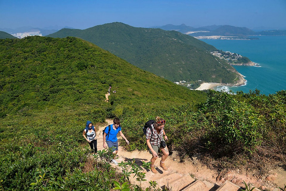 Dragon's Back Mountain1 hiking hong kong best hiking trails in hong kong easy hiking trails in hong kong