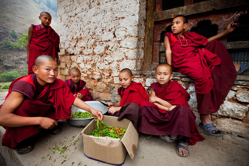 taboos-Myanmar-tours2