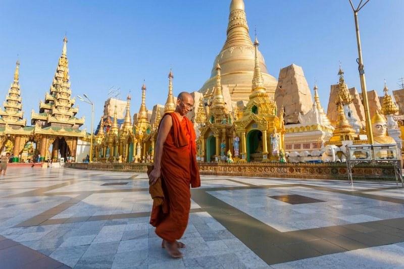taboos-Myanmar-tours4