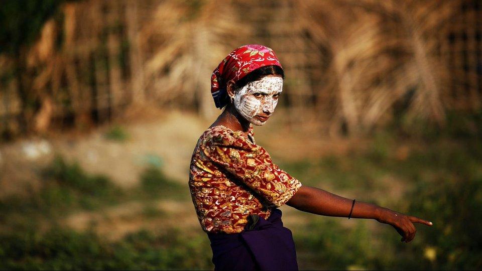 taboos-Myanmar-tours8