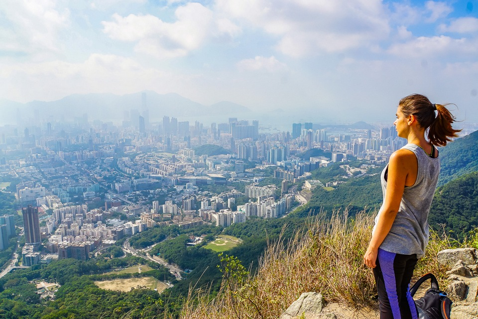 Credit: hiking trails hong kong island blog.