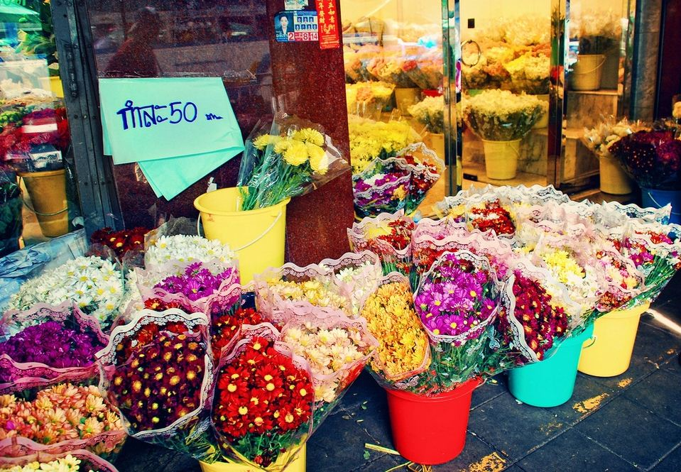 Flower-Market-Bangkok-Irene2005-Flickr
