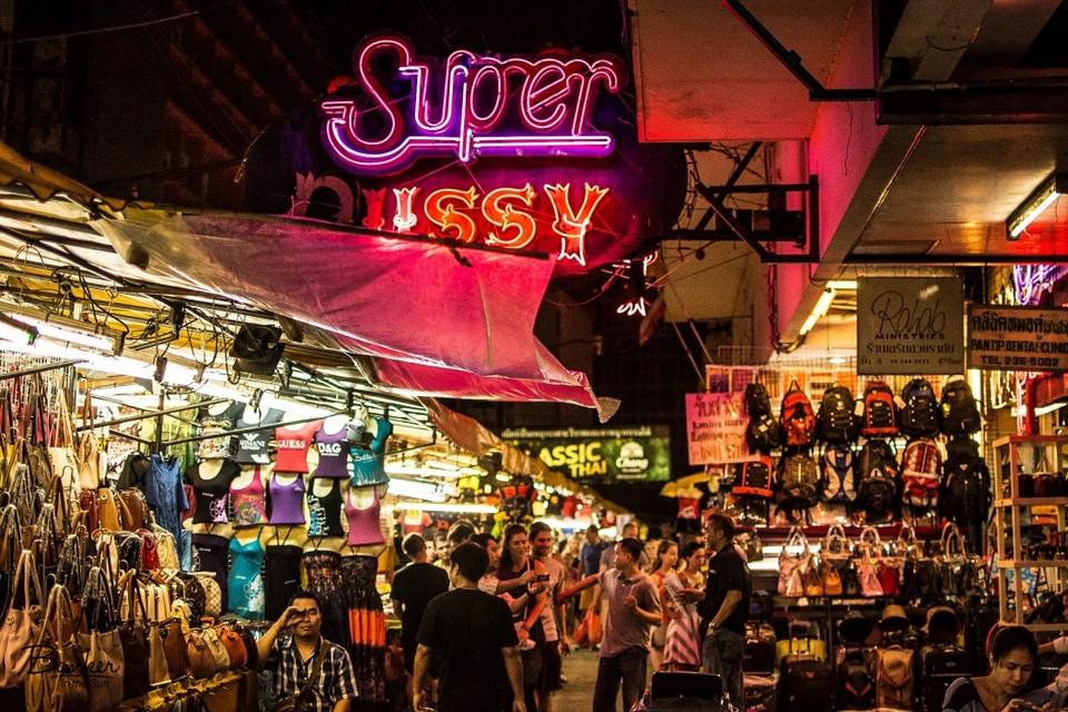 patpong-market-bangkok-tours1
