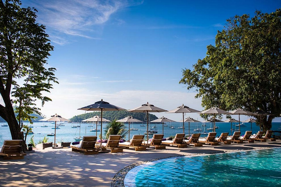 Nai Harn Beach1 best areas to stay in phuket where to stay in phuket best beach to stay in phuket