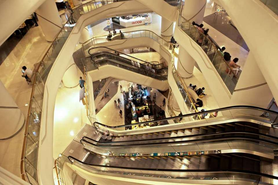 Central Silom shopping mall bangkok4 Photo by: best shopping centre in bangkok bog.