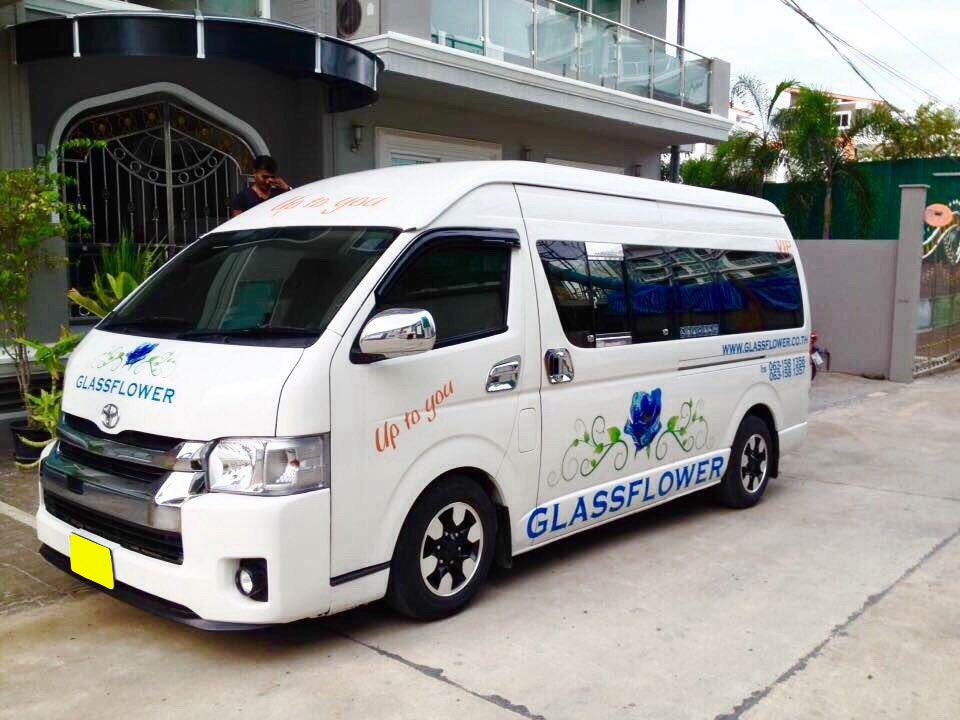 minibus bangkok Photo by: best way to get from bangkok airport to city bog.