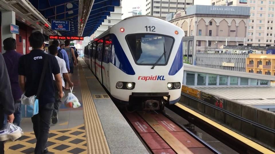 LRT rapid train-kuala lumpur1