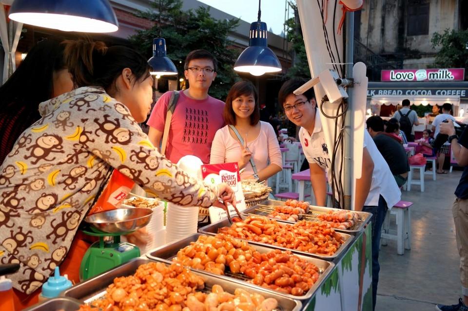 Asiatique The Riverfront night market in bangkok8