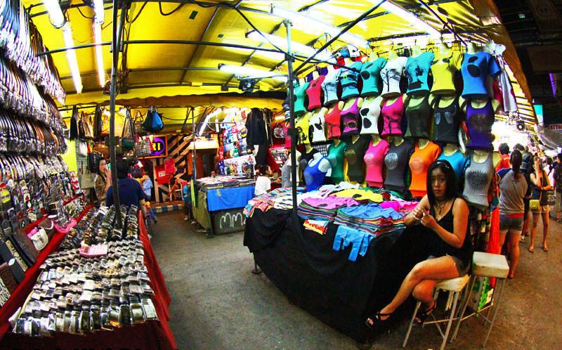patpong night market in bangkok1