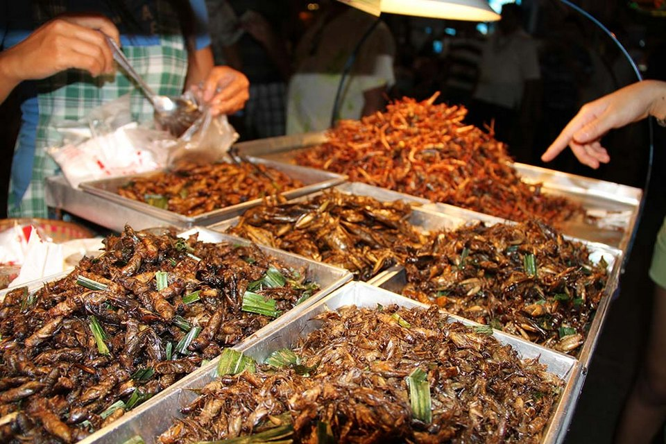 patpong night market in bangkok8 Image by: what to do in bangkok at night blog.