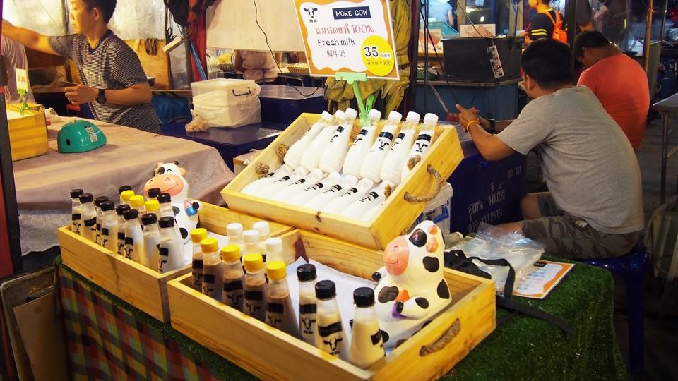 rot-fai-rachada-night market-bangkok6