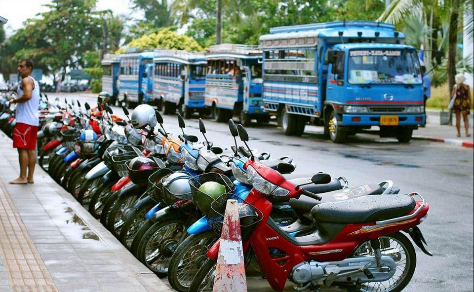 Rent-a-motorbike-Langkawi-island-Malaysia1