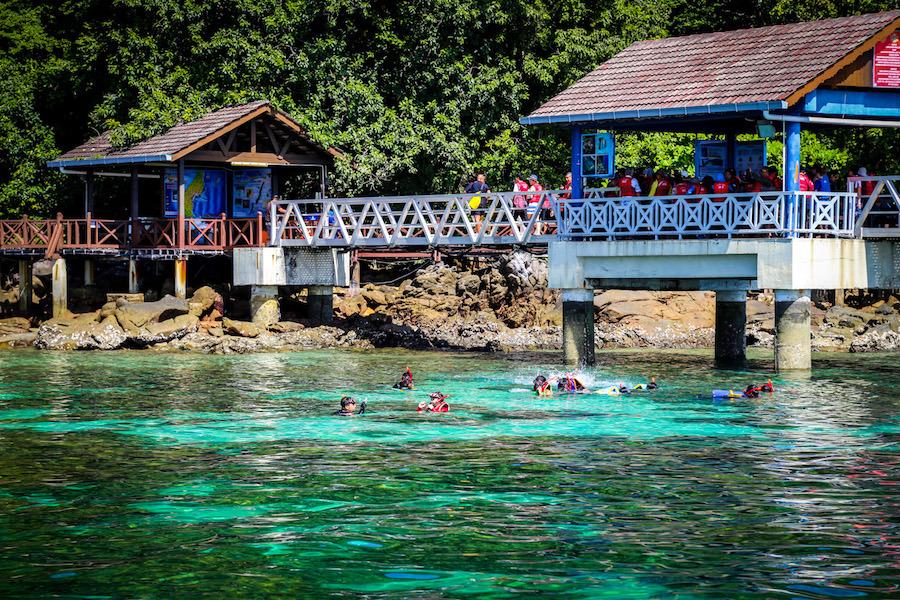 pulau-payar-langkawi-tours-malaysia1 Image credit: langkawi budget trip blog.