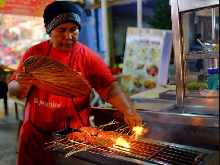 street-vendor-Langkawi-tours-Malaysia