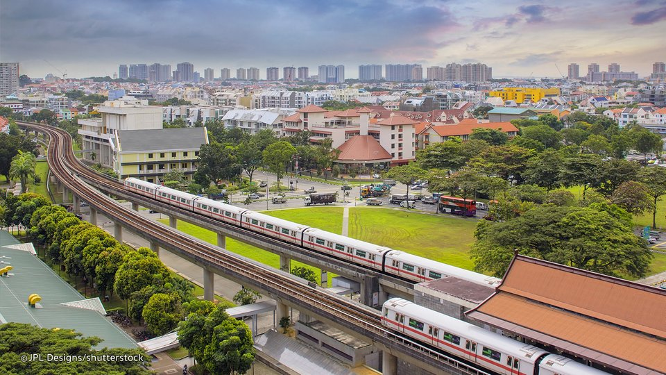 how to get around singapore-transport