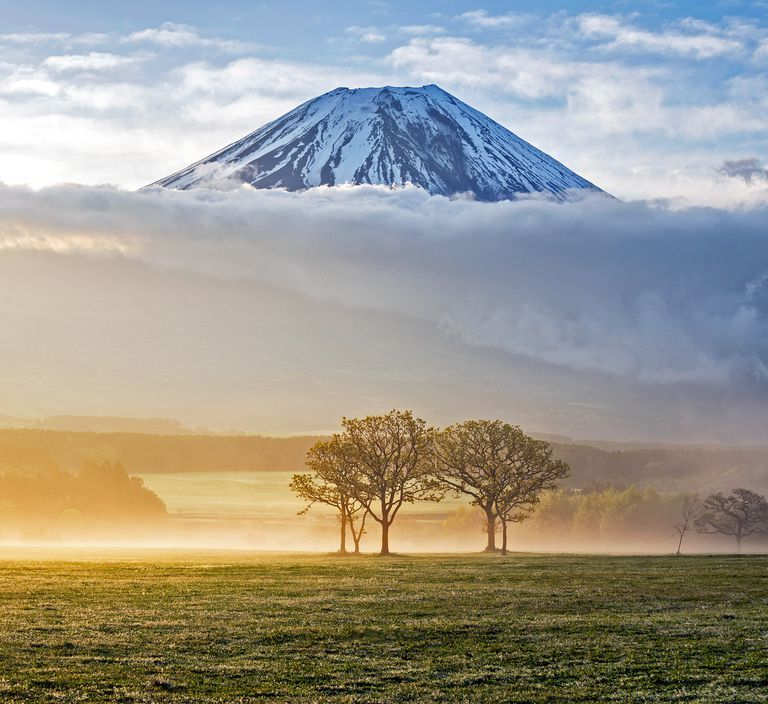 MountFuji_Sunrise_PhJirawat_Getty_2-56fd3fc95f9b586195c13d6f