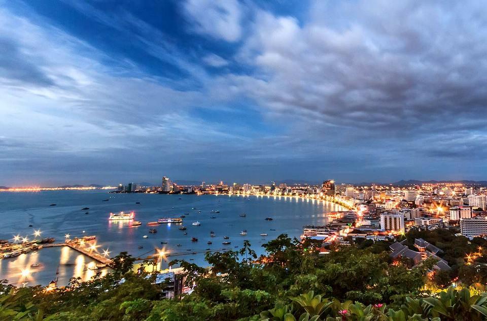 Pattaya Viewpoint và Pattaya Sign-pattaya-thailand1