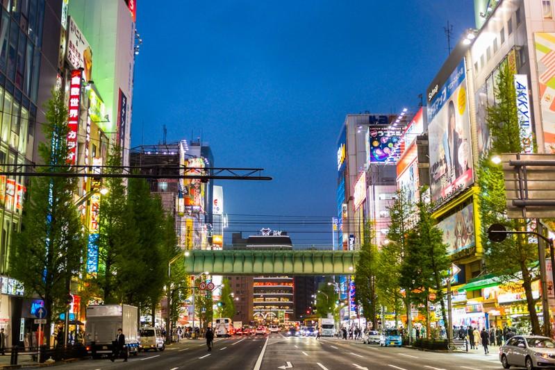 Akihabara-street-tokyo1