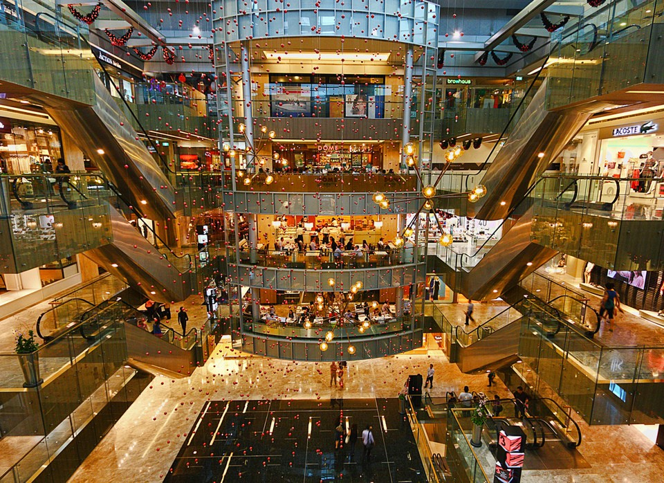 Paragon Shopping Center-singapore3 how to save money travelling in singapore singapore budget travel tips is singapore expensive to holiday