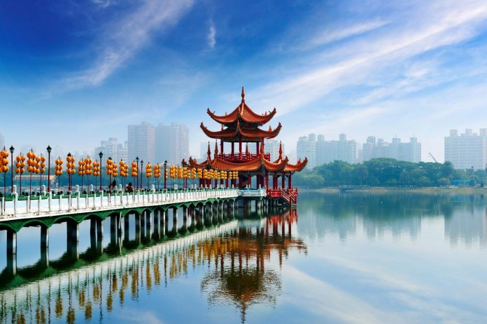 Kaohsiung itinerary 2 days — How to spend 2 days in