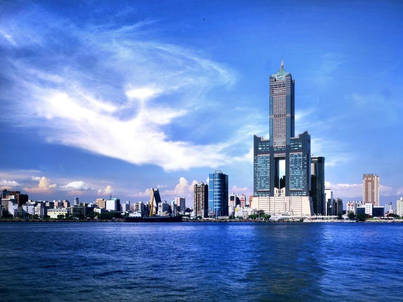 85 sky tower exterior, Kaohsiung Taiwan