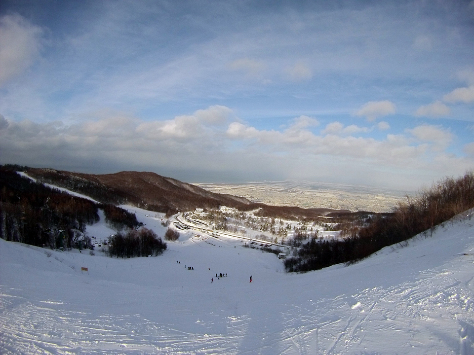 Sapporo Teine with view over Ishikari Bay best ski resorts in hokkaido top ski resorts in hokkaido best place to ski in hokkaido