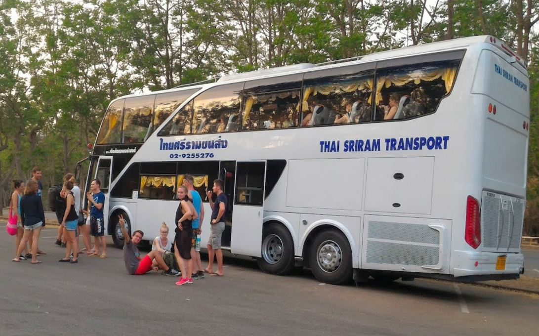 how to travel from singapore to bangkok by bus