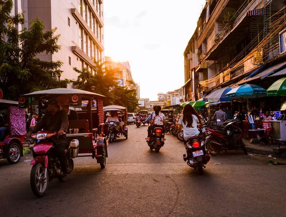 nightlife in phnom penh1