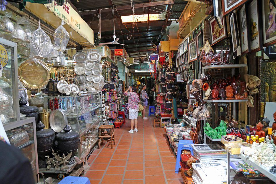 russian market phnom penh2