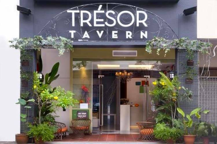 Tresor Tavern Hotel - Entrance how to save money travelling in singapore singapore budget travel tips is singapore expensive to holiday