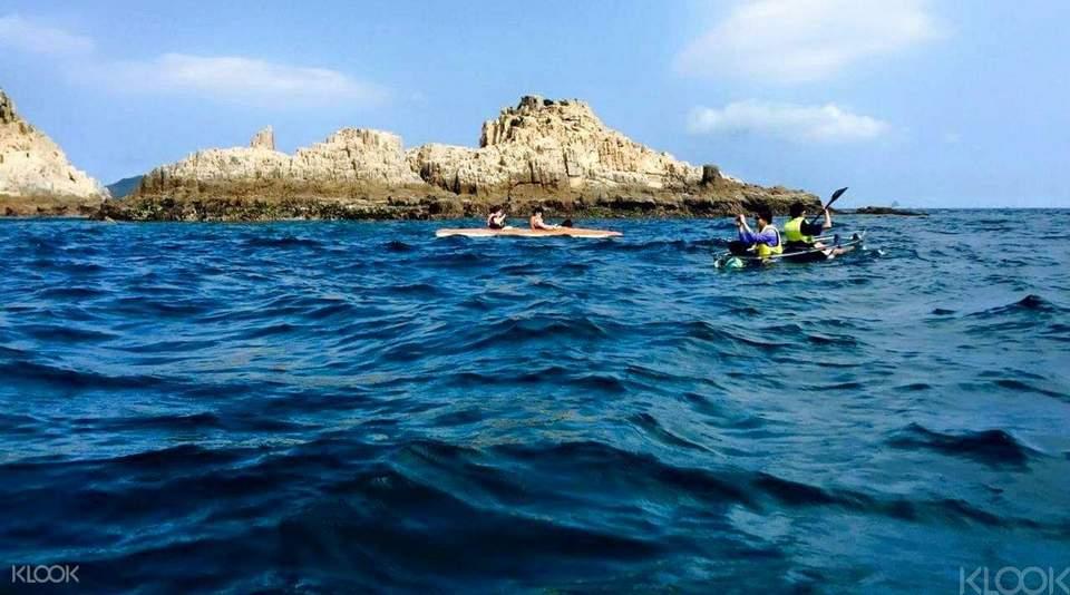 Island Kayaking in SaiKung