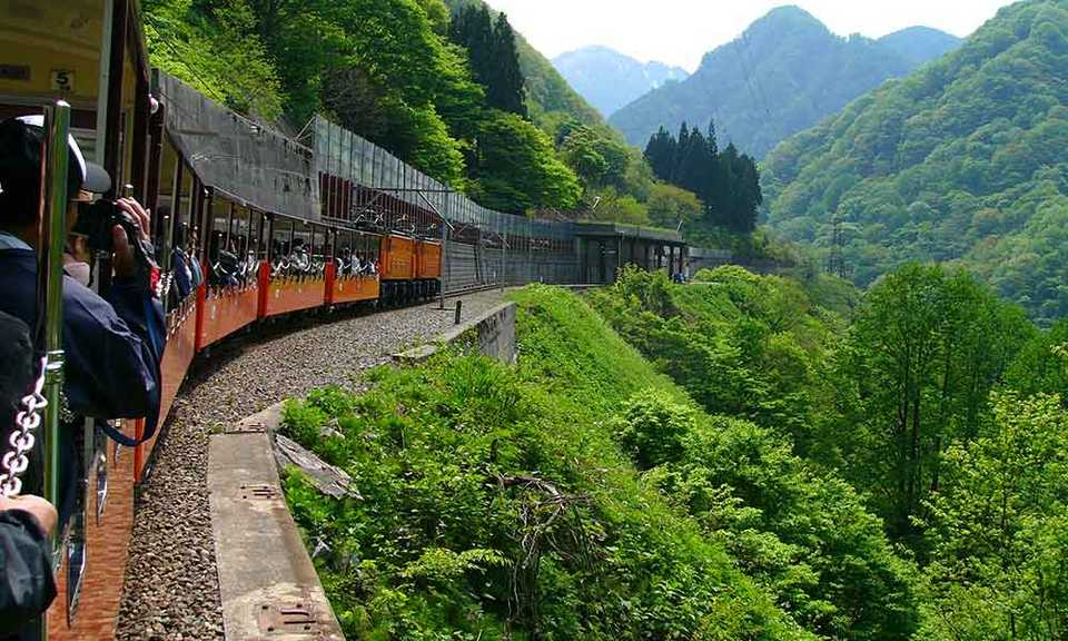 how to get to kyoto from tokyo how to get from tokyo to kyoto how to travel from tokyo to kyoto