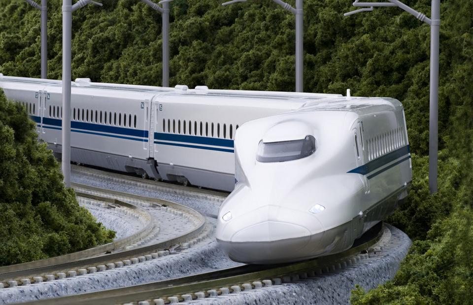 N700 Shinkansen Bullet Train Nozomi how to get to kyoto from tokyo how to get from tokyo to kyoto how to travel from tokyo to kyoto