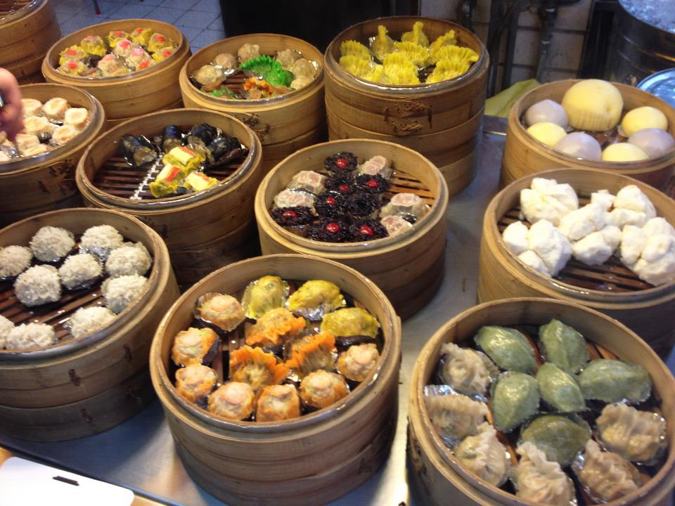Shuǐjiǎo fengjia night market