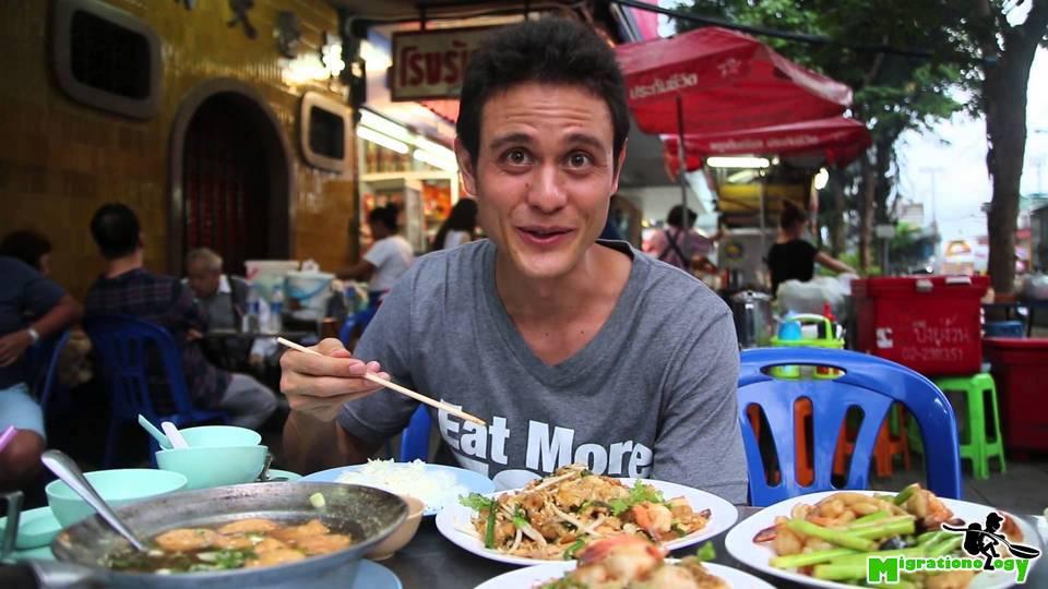 Enjoy Chinese Seafood Street Food at Ah Ou Bangrak