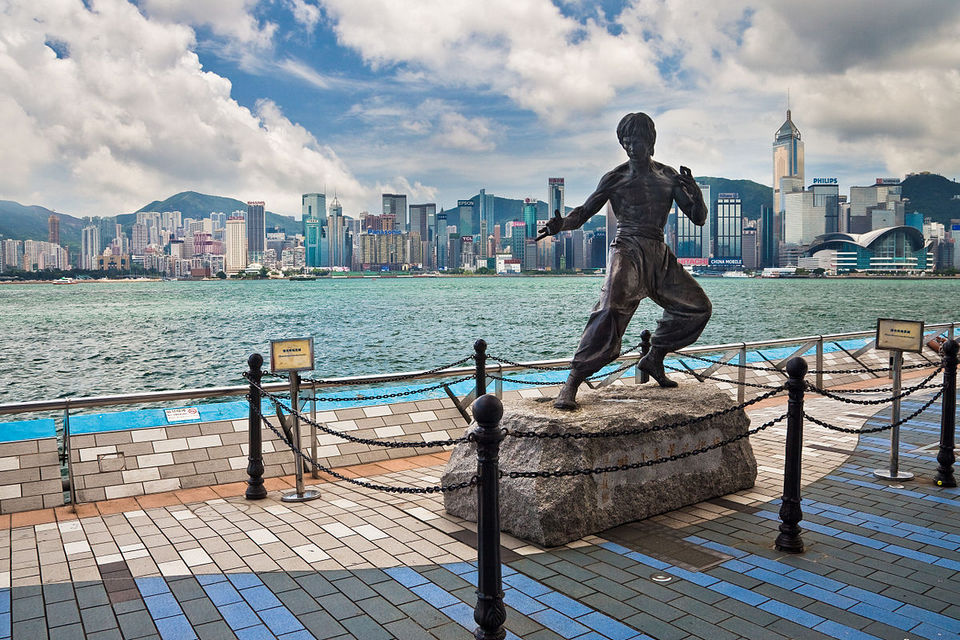 Avenue_of_Stars_Hong_Kong_Bruce_Lee_Statue Kowloon itinerary things to do in kowloon one day in kowloon
