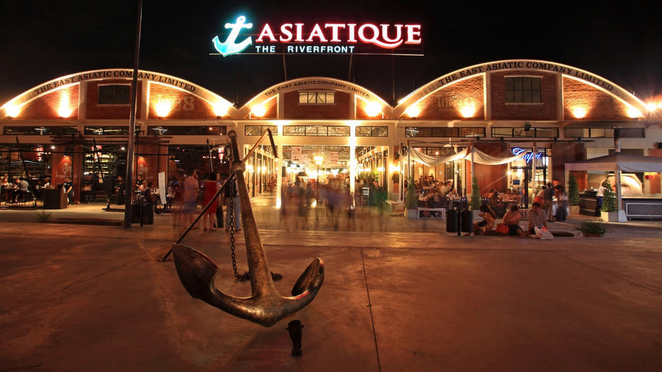 Asiatique The Riverfront area