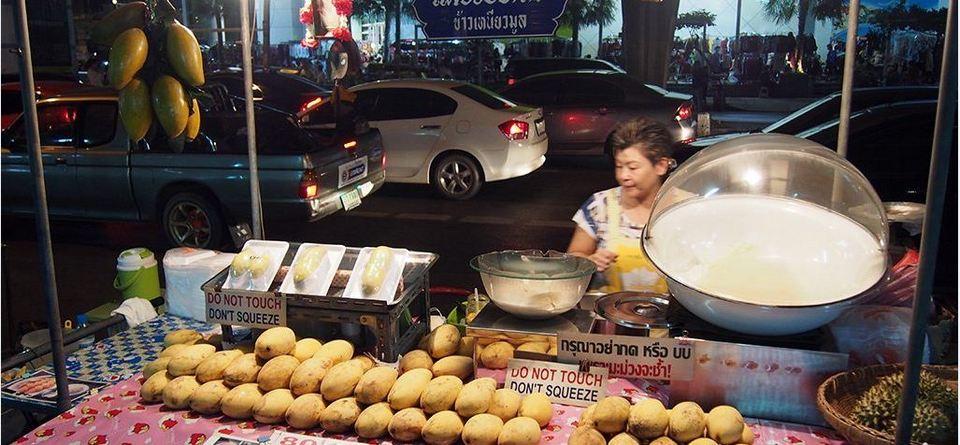 Mango & Sticky Rice-chatuchak-bangkok-thailand1