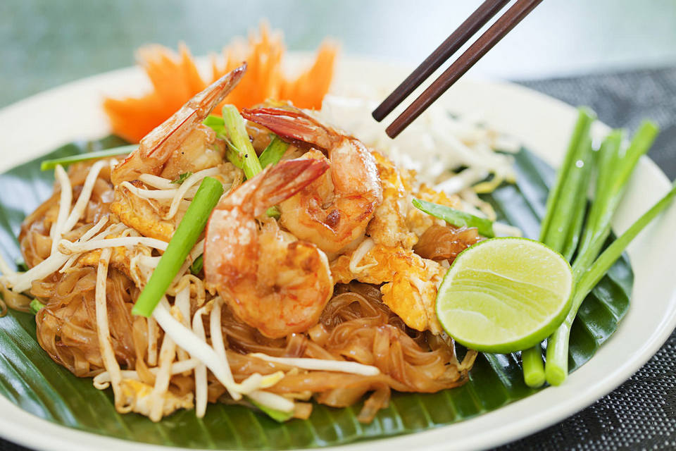 Pad Thai-chatuchak-food-in chatuchak market-bangkok2 chatuchak market food chatuchak food guide chatuchak food blog
