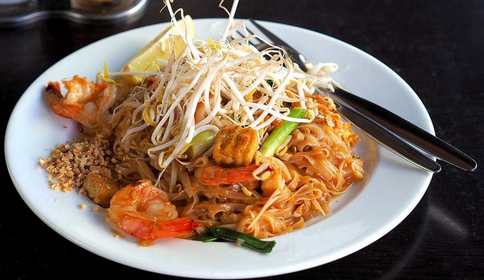 Pad Thai-chatuchak-food-in chatuchak market-bangkok7