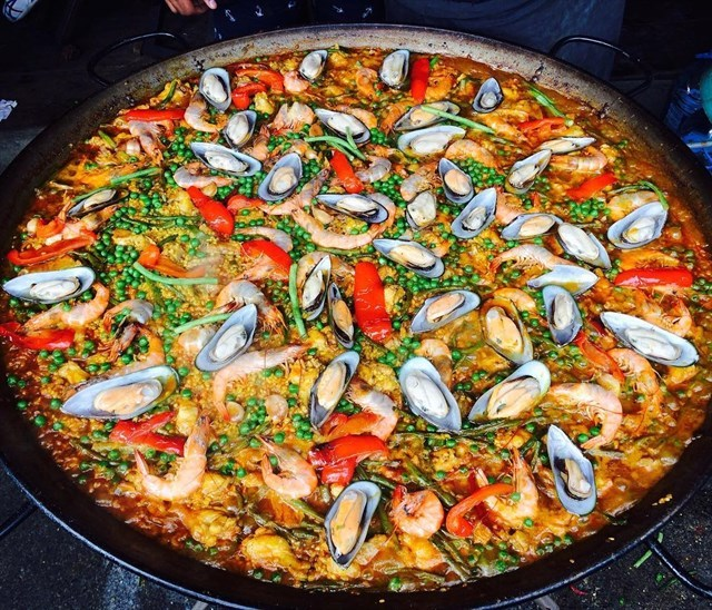 Paella rice chatuchak (1) chatuchak market food chatuchak food guide chatuchak food blog