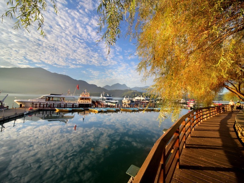The mesmerizing sun moon lake