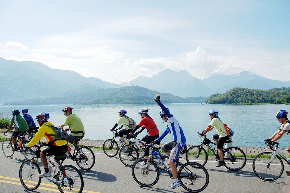 Major bicycle maker Merida held a cycling race at Sun Moon Lake, attracting some 1000 entrants