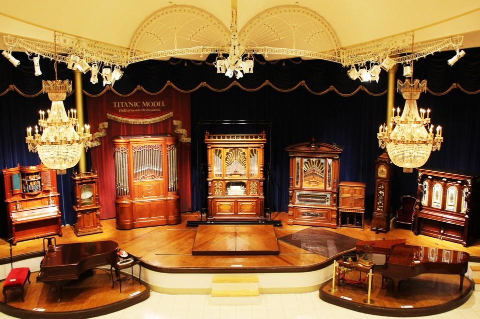 Kawaguchiko Music Forest Museum-fuji-japan8