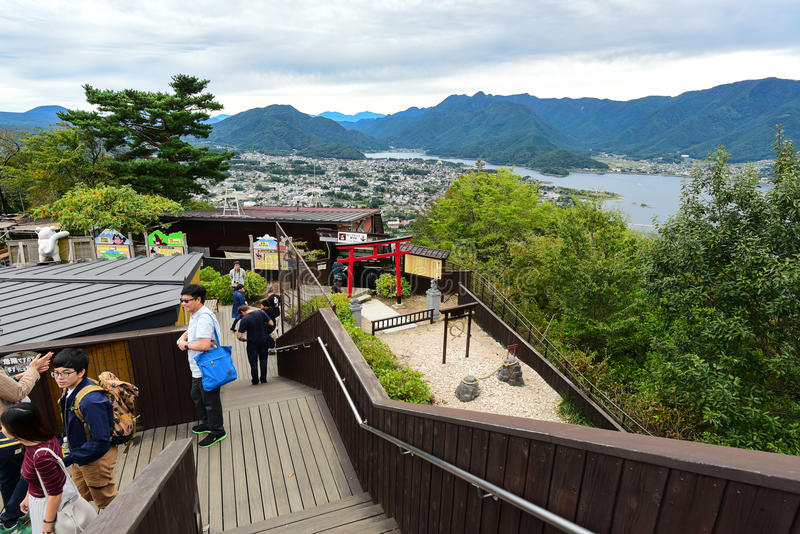 view-point-kachi-kachi-ropeway-fujisan-background-japan