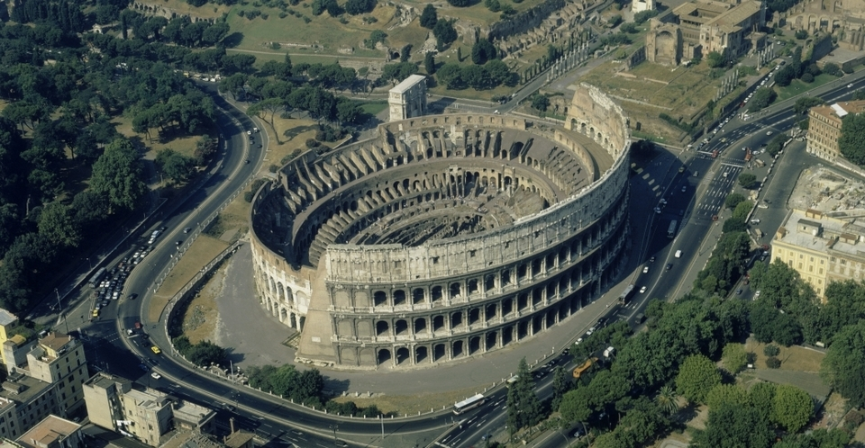 The Colosseum-italy4