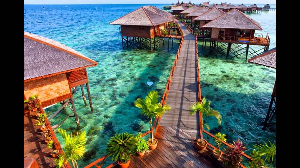 Mabul Island - Tourist Attractions in Malaysia