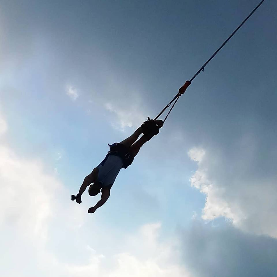 Bungee Jumping -adventurous activities in Singapore12